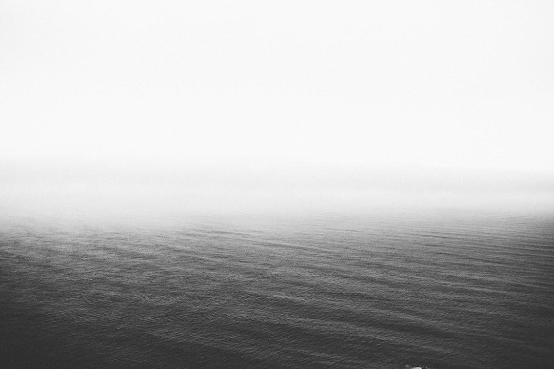 unsplash free ocean b_w